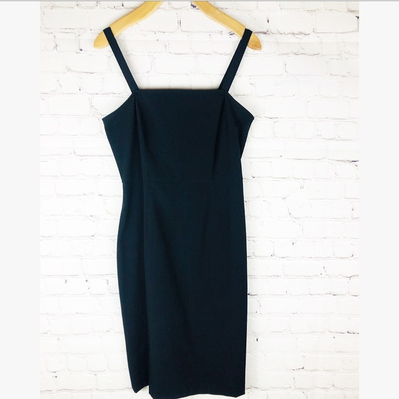 GAP Dresses & Skirts - Gap black body con dress size 2